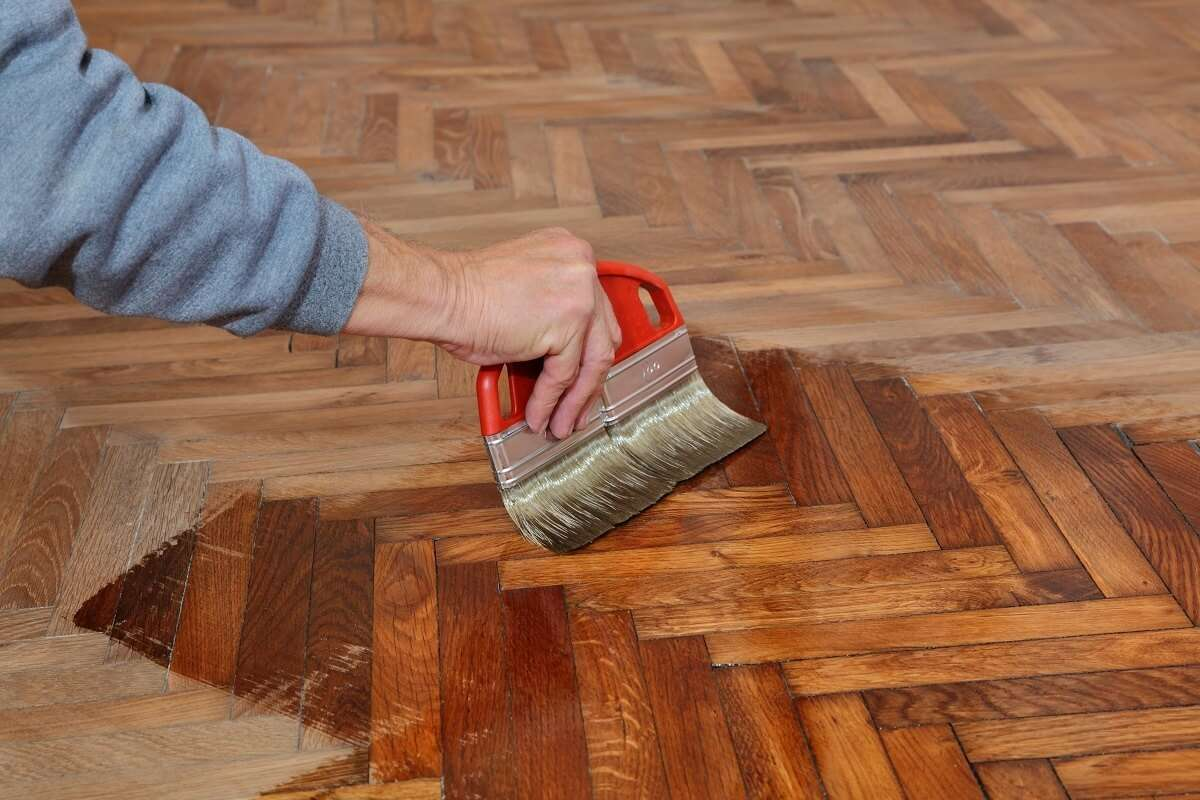 parquet floor restoration varnish